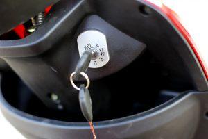 изософт-електрически-триколки-ключ-F10A