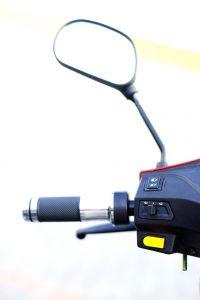 изософт-електрически-триколки-F10A-огледало